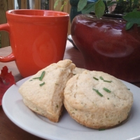 Warm Cheddar And Chive Scones  {Sunday Brunch}