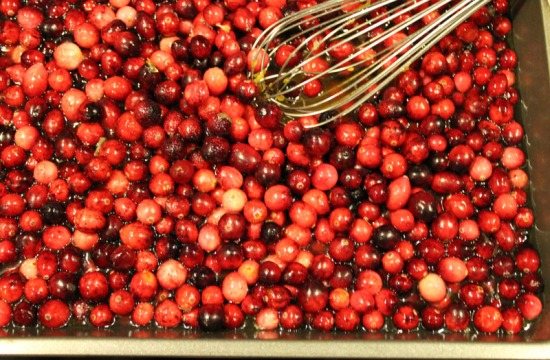 How to make brandied cranberries for Thanksgiving