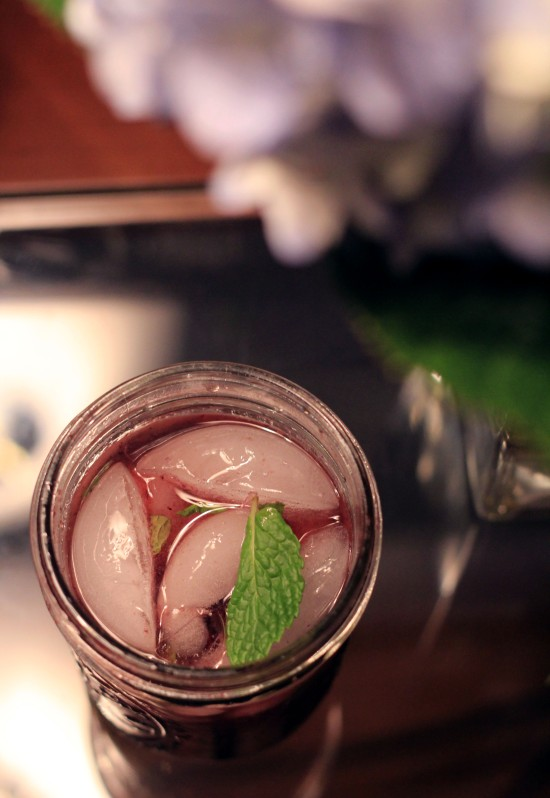 blackberry mint cocktail